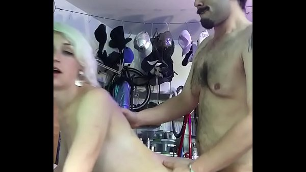 Shemale cheating on her hubby with neighbor